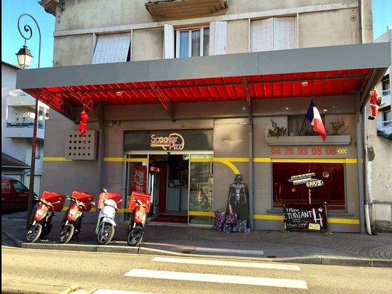 Вуарон, Франция: Scooter Pizz Voiron