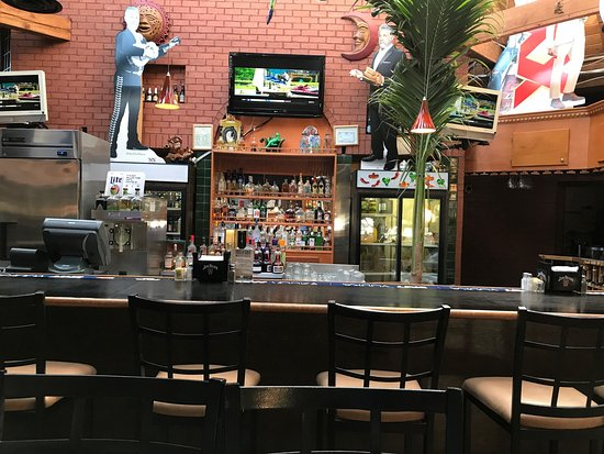 Cinco de mayo brentwood restaurant reviews phone for Dining near brentwood tn