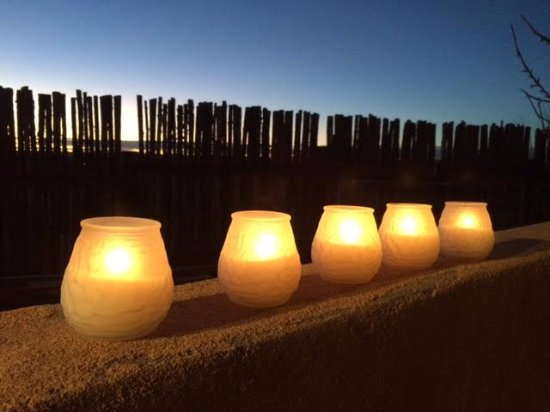 El Prado, Nuevo Mexico: Candle light in the mountain dusk