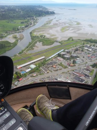 Campbell River, Canada: Flying over the Courtenay Airpark