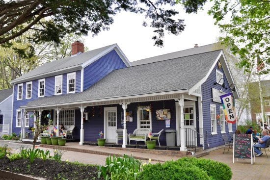 Main Street Creamery, Wethersfield, CT - Exterior
