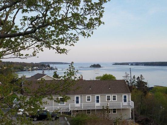 Harbor House Inn: 20170517_190512_large.jpg