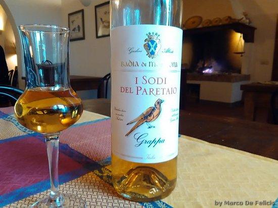 Terricciola, Italia: grappa Badia di Morrona