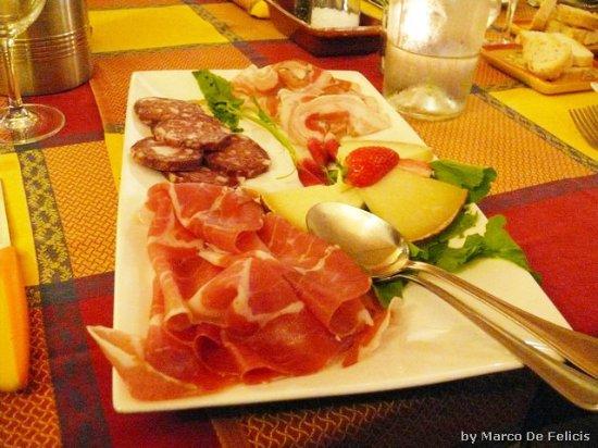 Terricciola, Italia: affettati vari