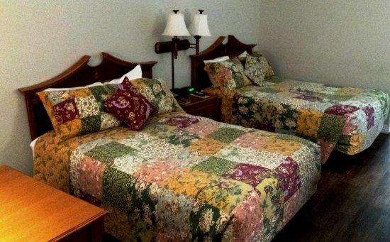 Saint Clair, MO: Beds