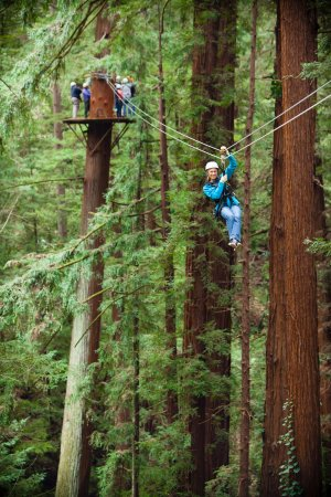 Mount Hermon, CA: Pose for an action photo on the last zipline!
