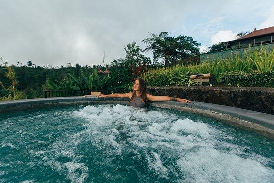 Gobleg, Indonesia: spa