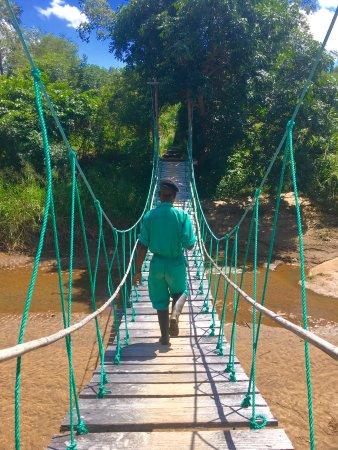 Nkhotakota, Malaui: Bridge to the island