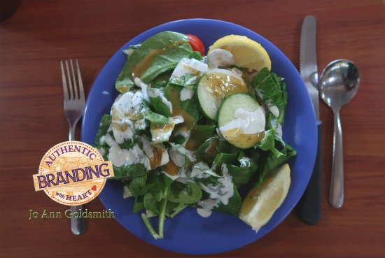 Golden Corral: Arriving when Lunch was First Served, My Salad & Fixings, although unexciting, Were Fresh and Cr