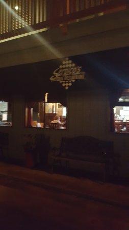 Pukalani, Hawái: Serpicl's Pizza