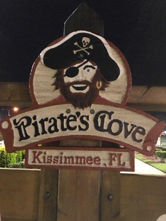 Pirate's Cove Adventure Golf : photo1.jpg