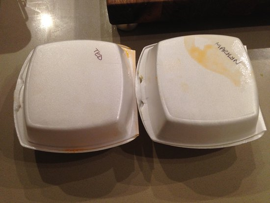 Maple Ridge, Canada: Our leftovers had our names on the box. Amazing