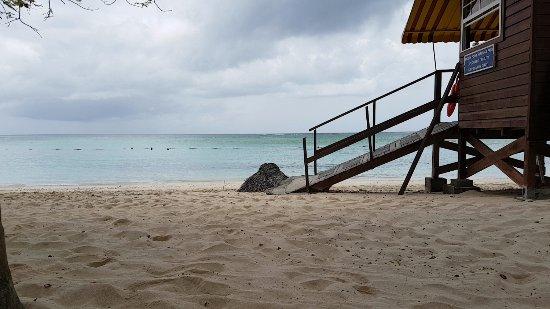 Pigeon Point Beach: Vue d'une partie de la plage