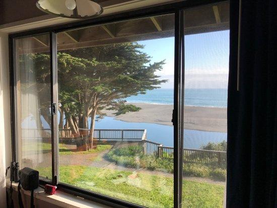 Gualala, CA: Ocean view from room 119, queen suite