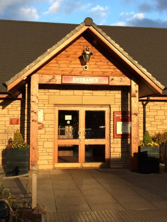 Lasswade, UK: Well presented entrance.