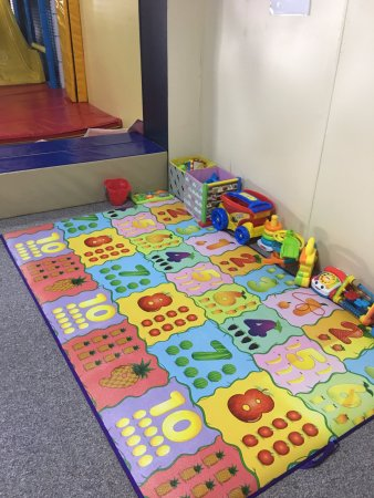 Tully, Australia: Toddler play area