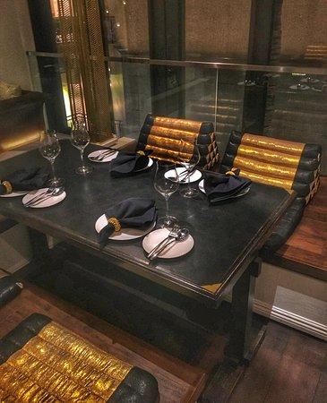 Noi Thai Cuisine: Our beautiful table
