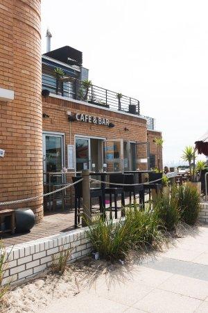 ไบรตัน, ออสเตรเลีย: Cafe & Bar