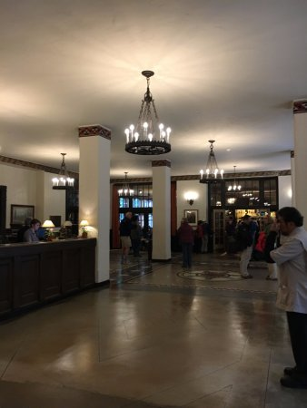 The Ahwahnee Dining Room - Picture of The Majestic Yosemite Dining ...