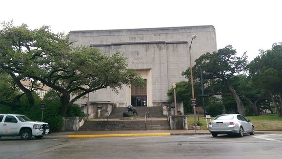 Texas Memorial Museum: Visiting UT Austin? Inteerested in Science? Major good find, near the stadium!