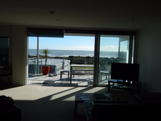 Ohope, Neuseeland: View from open plan lounge, dining , kitchen. View also can be seen from corner window