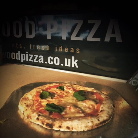 Chipperfield, UK: Fresh Pizza anyone ?