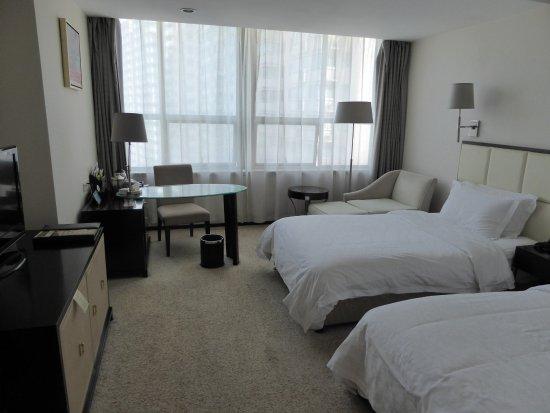 Room at Yulong International Hotel