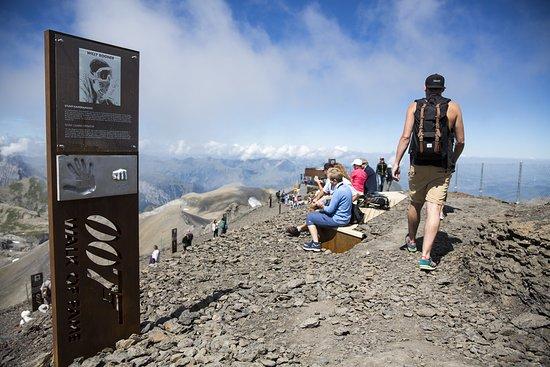Murren, Szwajcaria: 007 WALK OF FAME, SCHILTHORN