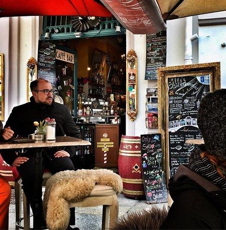 Sello's Caffe Bar Centrale: photo1.jpg