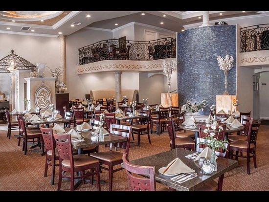 Mission Viejo, CA: Hatam restaurant interior