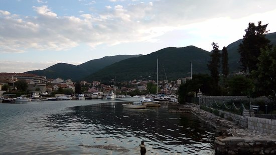 Tivat, Montenegro: Бухта