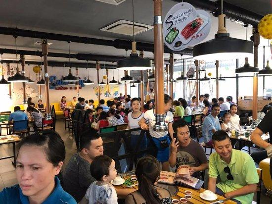 Ba Ria-Vung Tau Province, Vietnam: Khách ăn buổi trưa