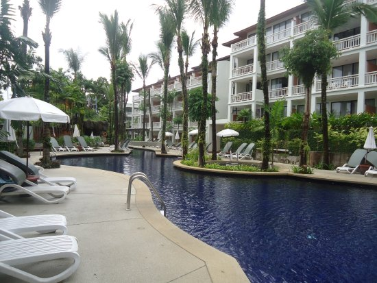 Sunset Beach Resort: Beautiful pool and relaxation area