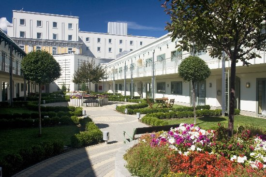 Corinthia Royal Residences: Royal Residences Inner Garden