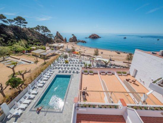 Tossa Beach Hotel Reviews