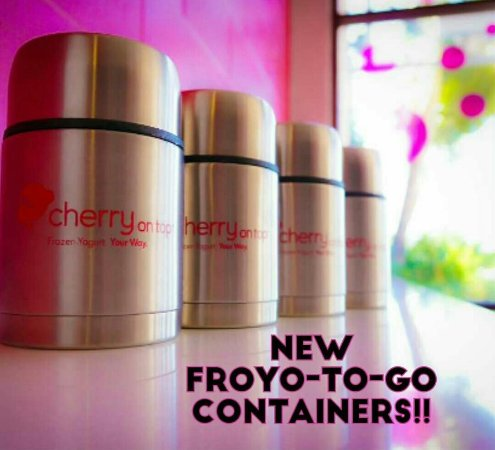 Pearl City, Hawái: Our Double wall insulated containers, perfect to take out Froyo