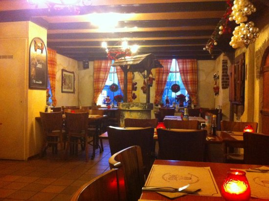 Vrouw Holle : a part of the restaurant on the frontside