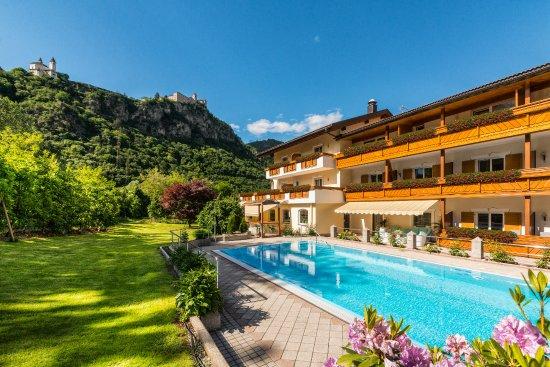 Garten Und Pool Picture Of Restaurant Jasmin Chiusa Tripadvisor