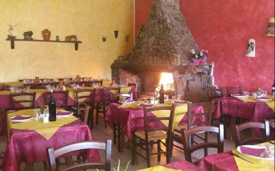 Sadali, Italy: sala