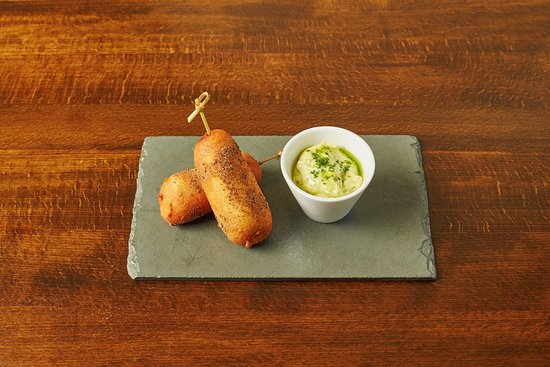 The Cadogan Ingham: Corn dogs