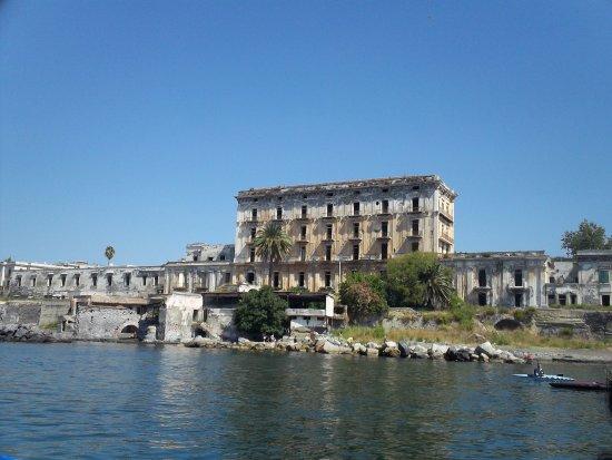 Portici, Italy: Villa d'Elboeuf vista dal Granatello