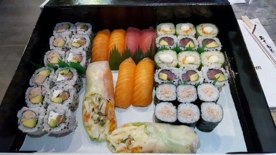 La Penne-sur-Huveaune, França: La Suite du Sushi