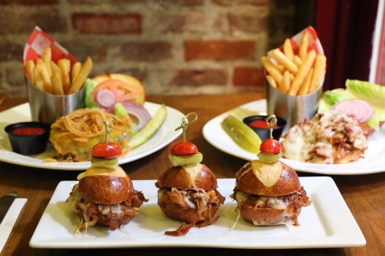 Pig 'n' Whistle : Try our variety of different burgers here!