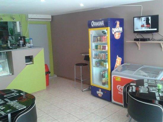 Brignoles, Frankrig: Voici une partie de notre salle a manger