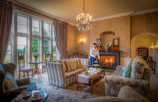 Lough Rynn Castle Estate & Gardens: Lough Rynn Castle Drawing Rooms
