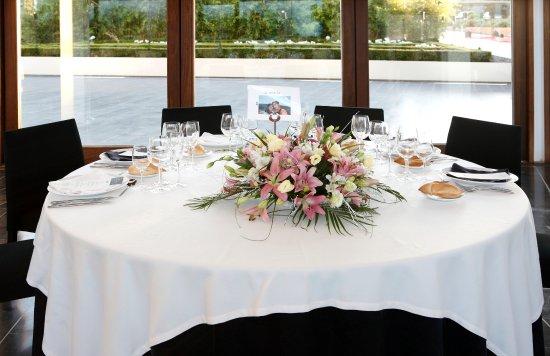 Bodegas Real: Mesa boda