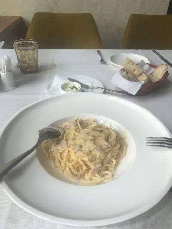 Зашла пообедать