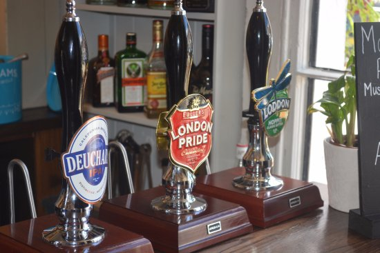 Thame, UK: The Birdcage Ales