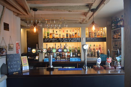 Thame, UK: The Birdcage Bar
