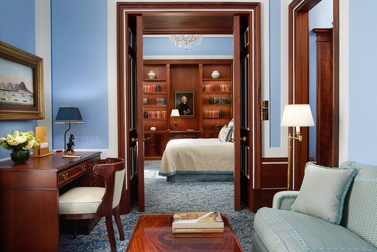 The Lanesborough: Junior Suite